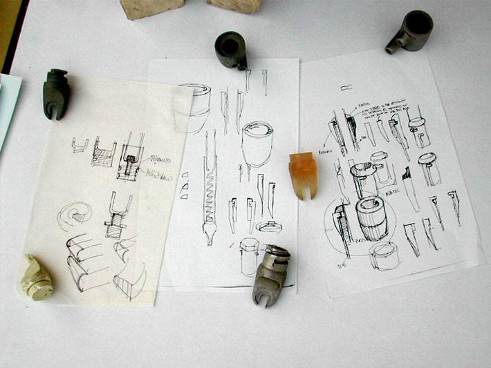 Croquis y prototipo del diseño de la horquilla Bianchi realizado por Imbris