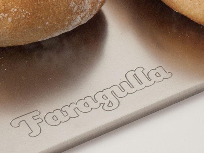 Aplicación en metal Faragulla, productos para los amantes de la comida